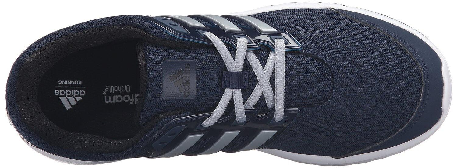 The upper of the Adidas Performance Galaxy Elite is made from breathable mesh and synthetic material.