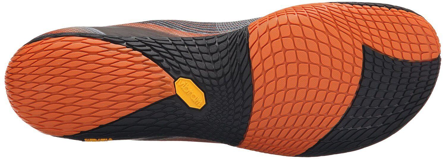 the treads allow the Merrell Vapor Glove 2 to grip surfaces such as trail, gravel or road