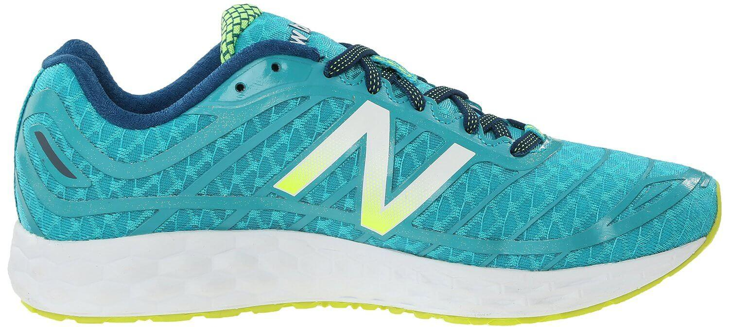 A generous amount of cushioning is present in the midsoles of the New Balance Fresh Foam Boracay 980v2.