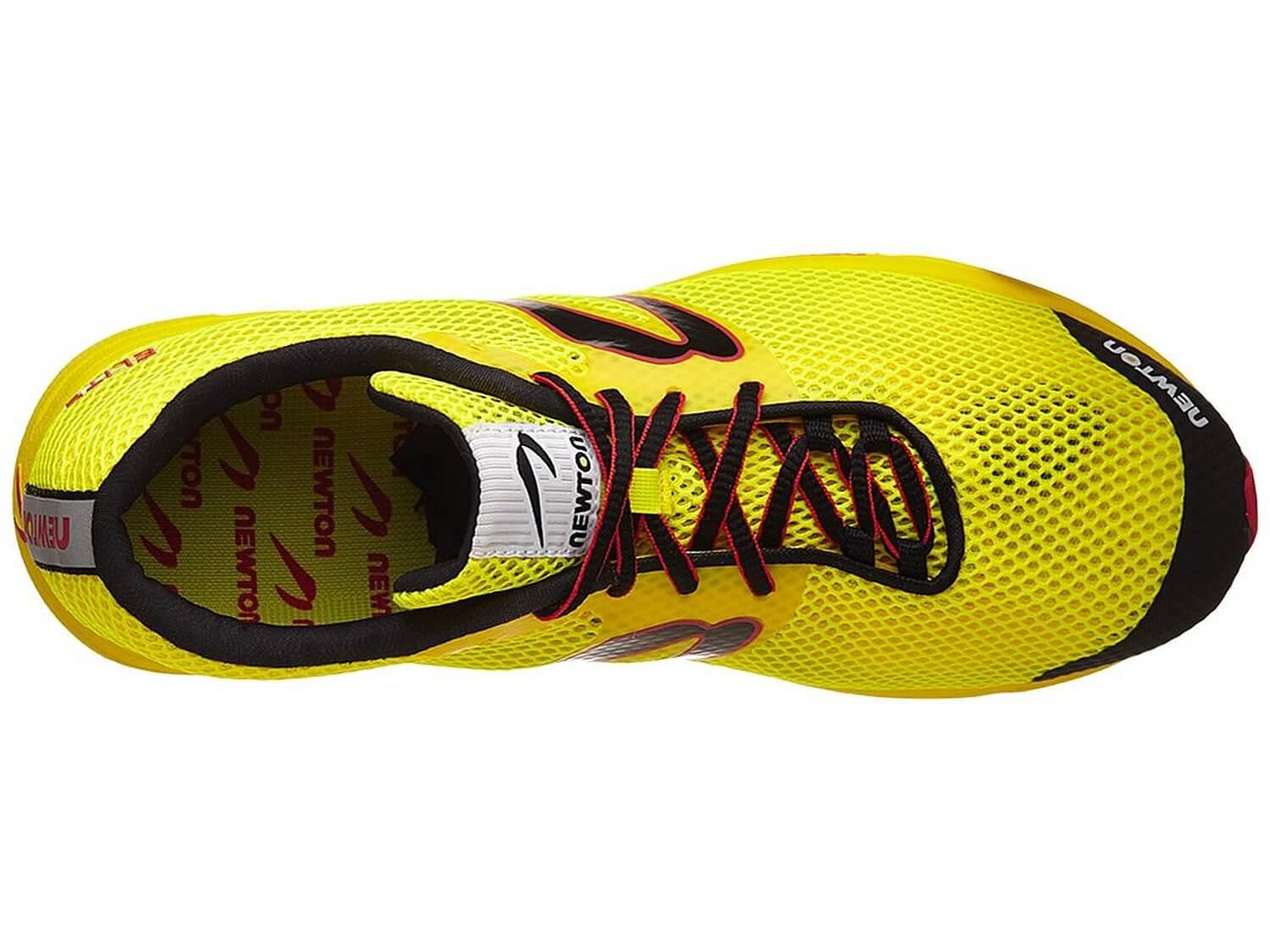 the upper of the Newton Distance Elite is made of a breathable upper mesh