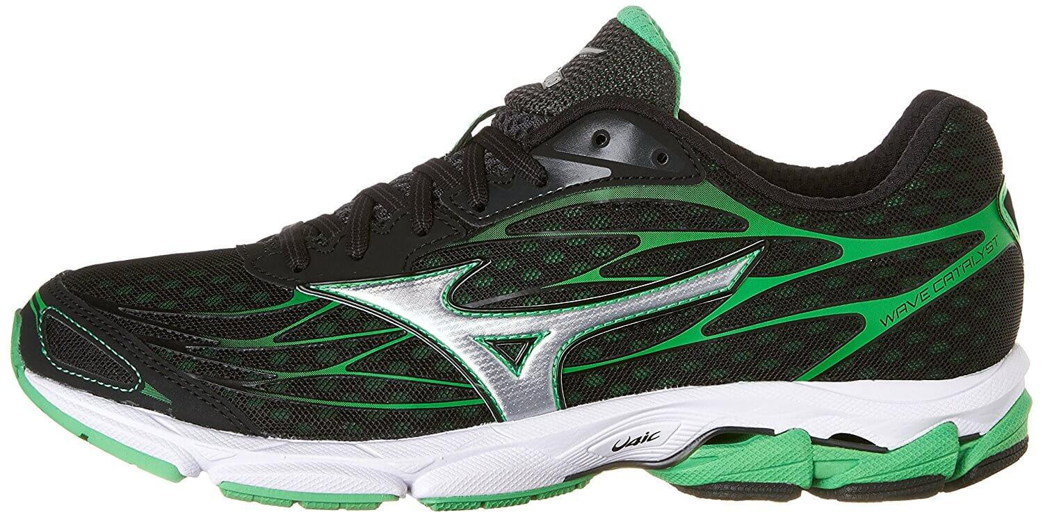 The style of the Mizuno Wave Catalyst is a reflection of Japanese athletics aesthetics.