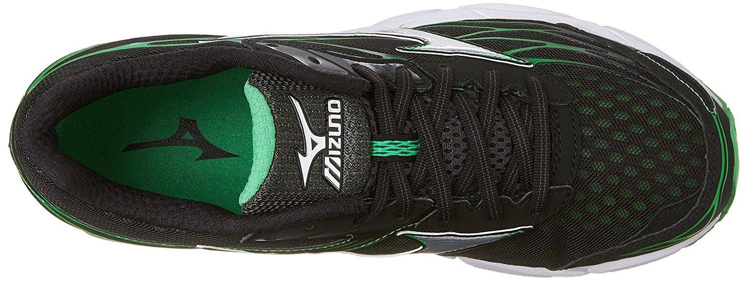 The Mizuno Wave Catalyst upper uses Airmesh material to ensure comfort and breathability.