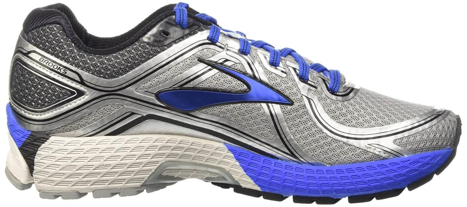 Perhaps the most impressive aspect of the Brooks GTS Adrenaline 16 is its midsole.