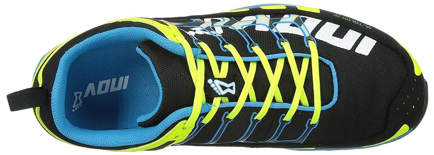 the upper of the Inov-8 X-Talon 212 is water-repellent to keep the foot dry in wet conditions