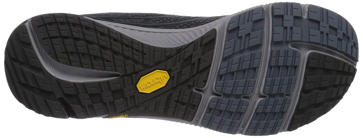 the outsole of the Merrell Bare Access 4 offers a great amount of traction thanks to its numerous lugs and flex grooves