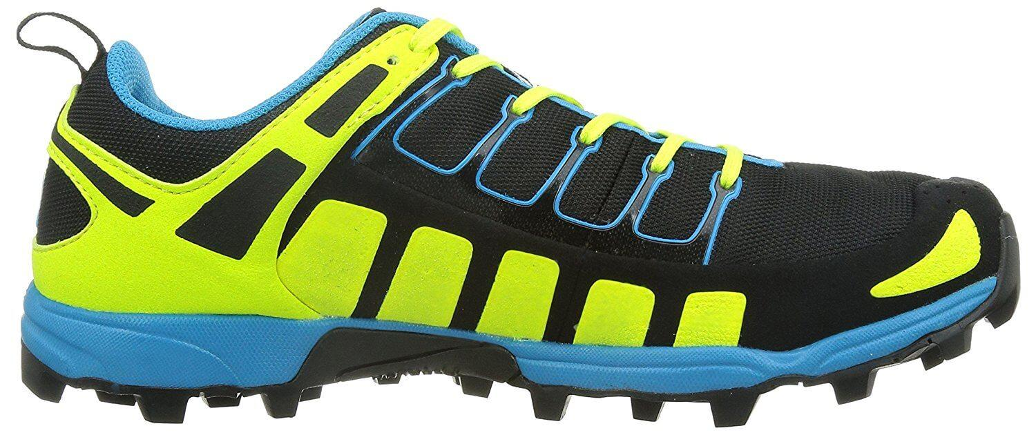 the Inov-8 X-Talon 212 is a low-profile trail shoe that allows a great freedom of movement during a run