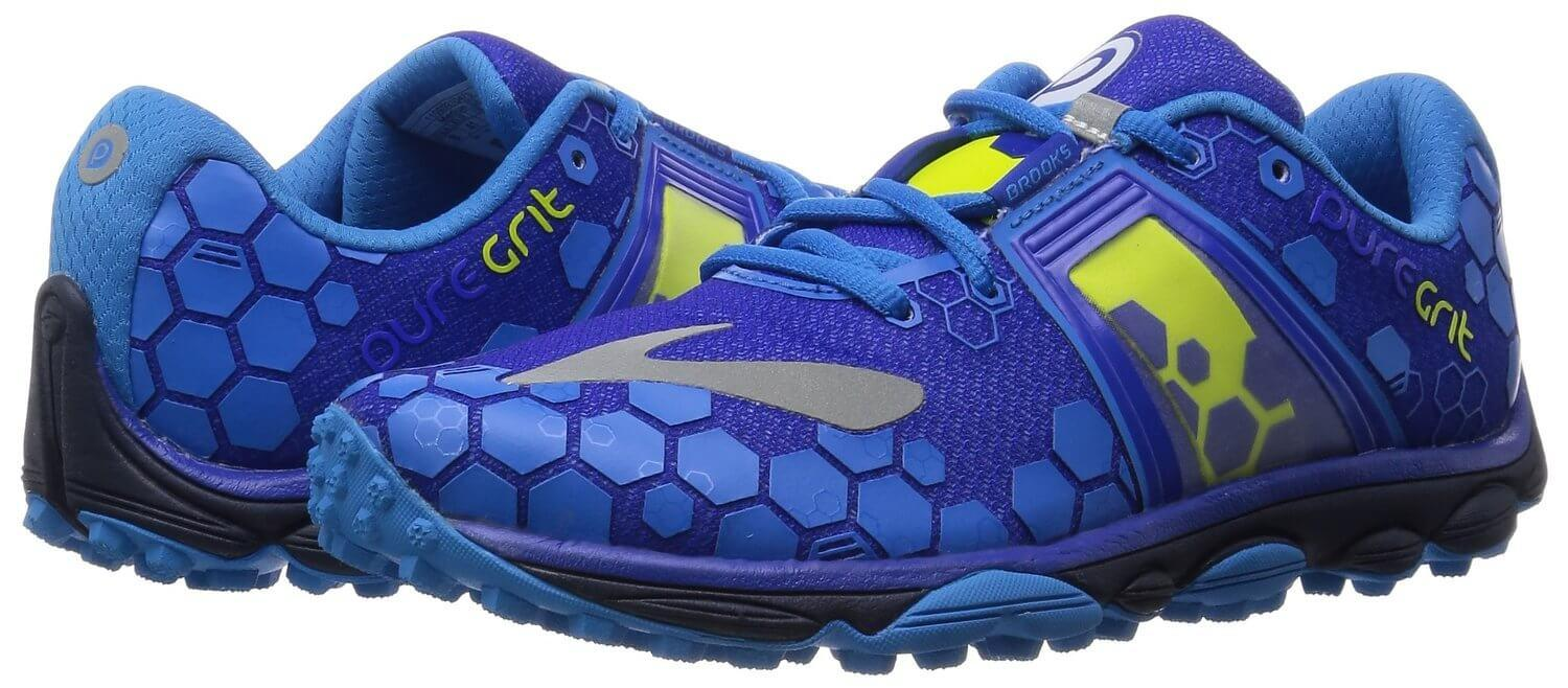 The style of the Brooks PureGrit 4 is a bit on the garish side.