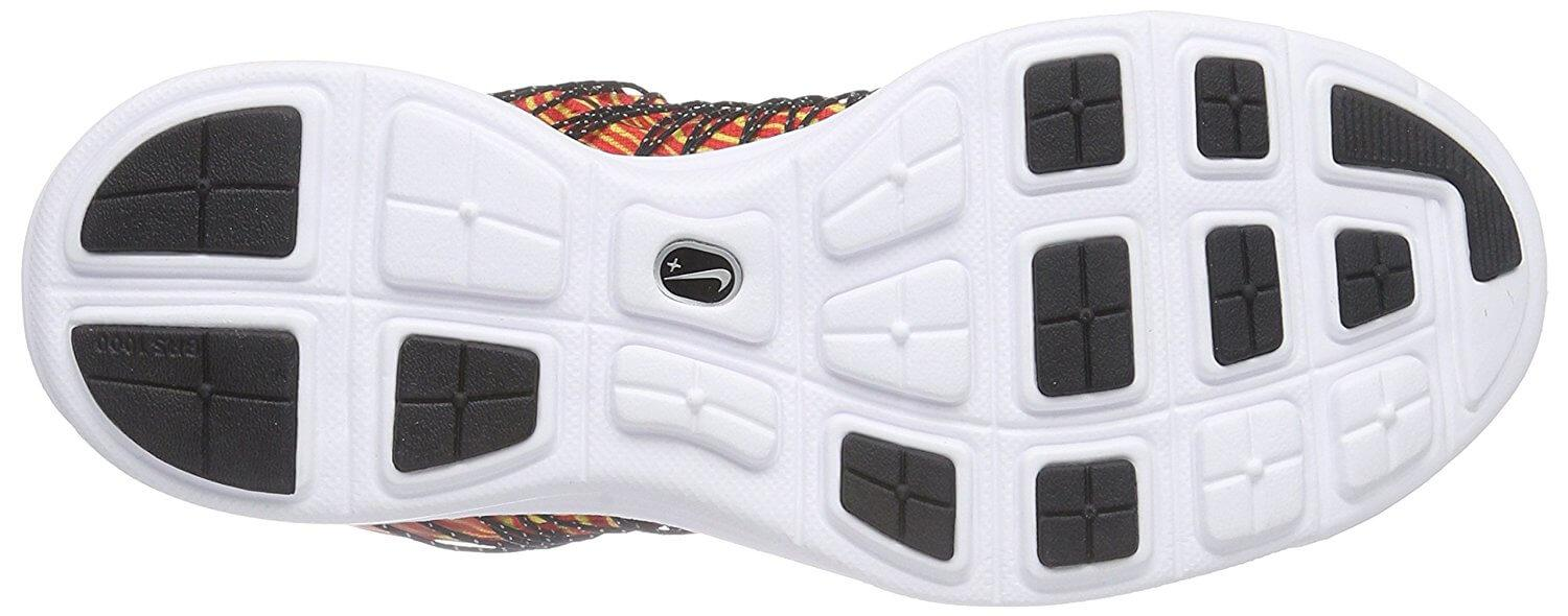 high-wear areas of the outsole of the Nike LunaRacer 3 are covered with durable BRS 100 carbon rubber