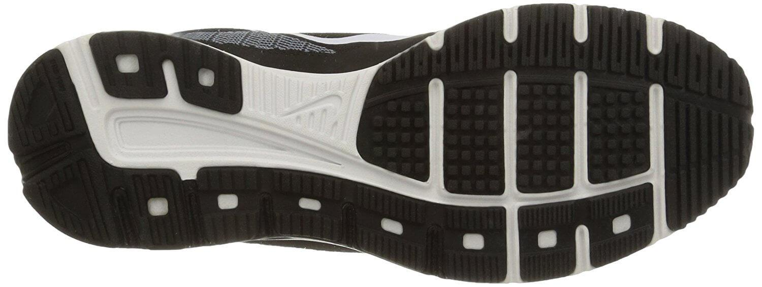 the outsole of the Nike Air Zoom Fly 2 features horizontal flex grooves for added flexibility during a run