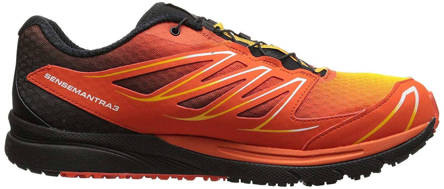 the low profile of the Salomon Sense Mantra 3 allows the runner a great range of movement