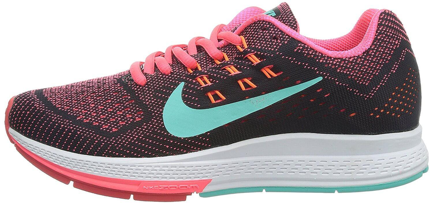 A large heel drop in the Nike Air Zoom Structure 18's midsole ensures adequate protection for heel strikers.