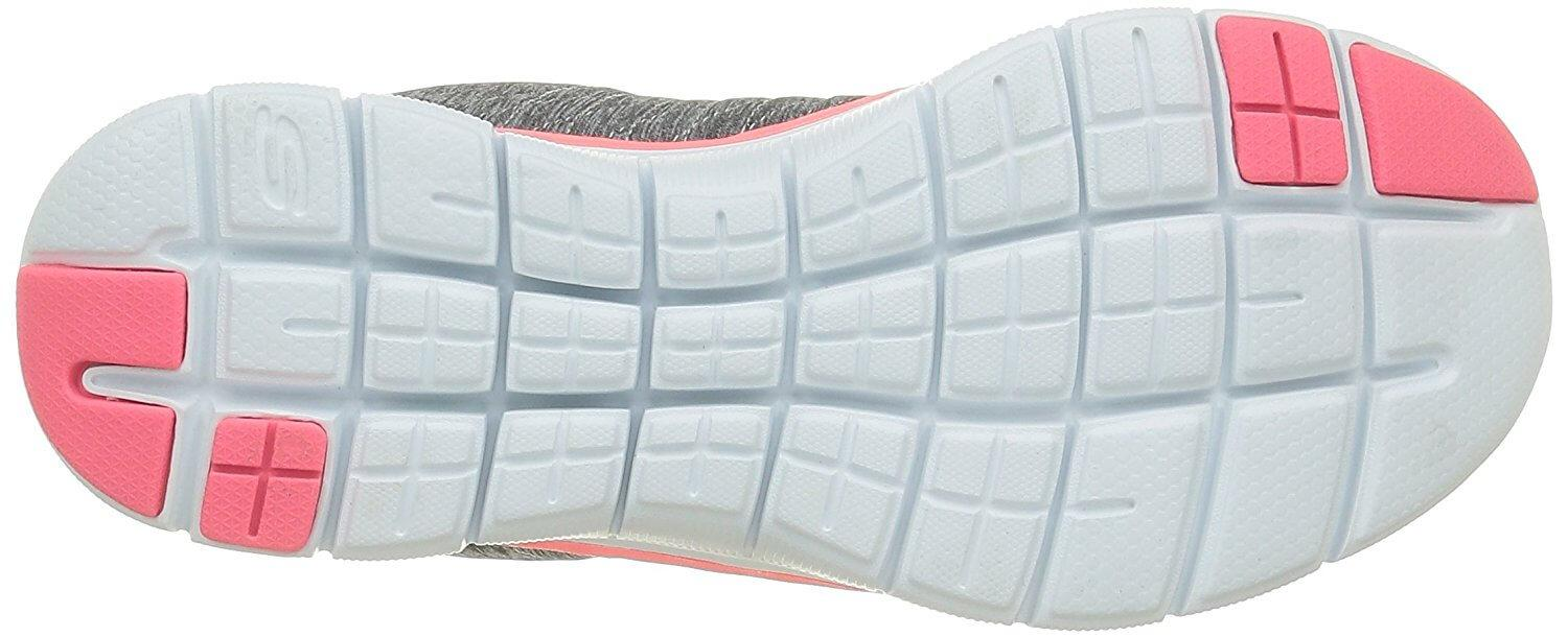 Grooves in the sole make this shoe extra flexible