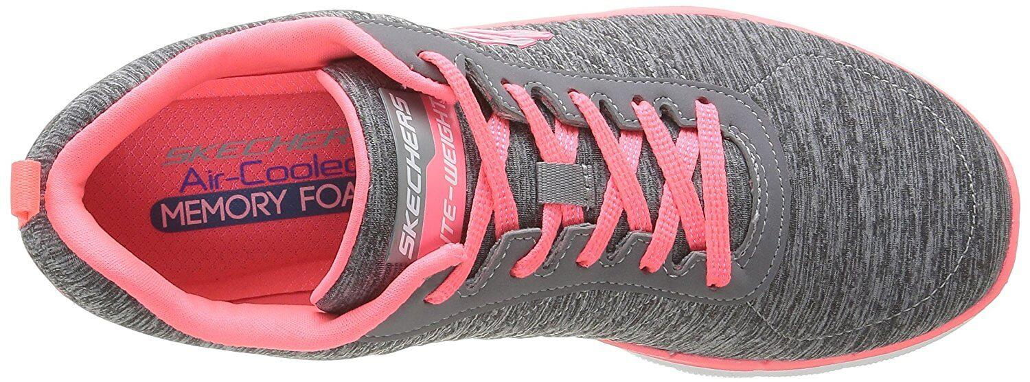 Breathable upper with a secure lacing system