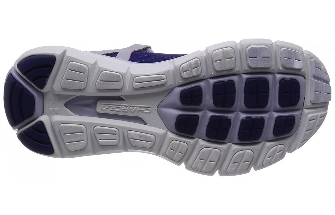 the sole of the Under Armour SpeedForm Fortis using foam for cushioning