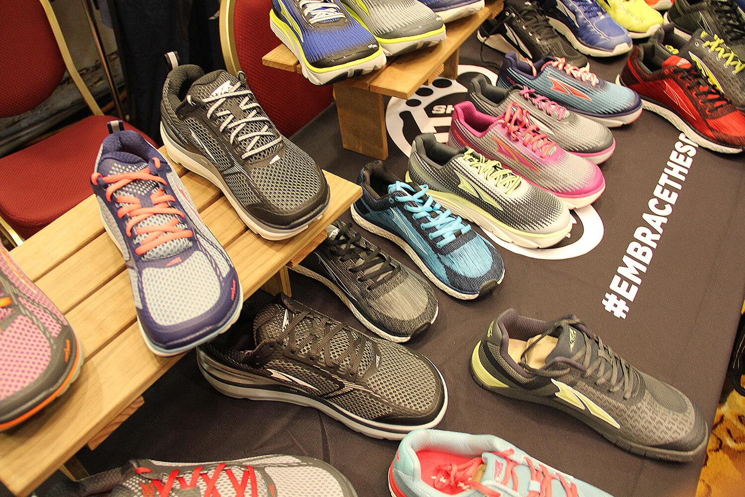 altra-shoe-display-featured