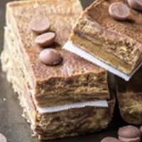 Cookies-and-Cream-Protein-Bars-best-homemade-protein-bars-top-3