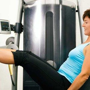 Lumbar-Lordosis-treatment-seated-leg-press