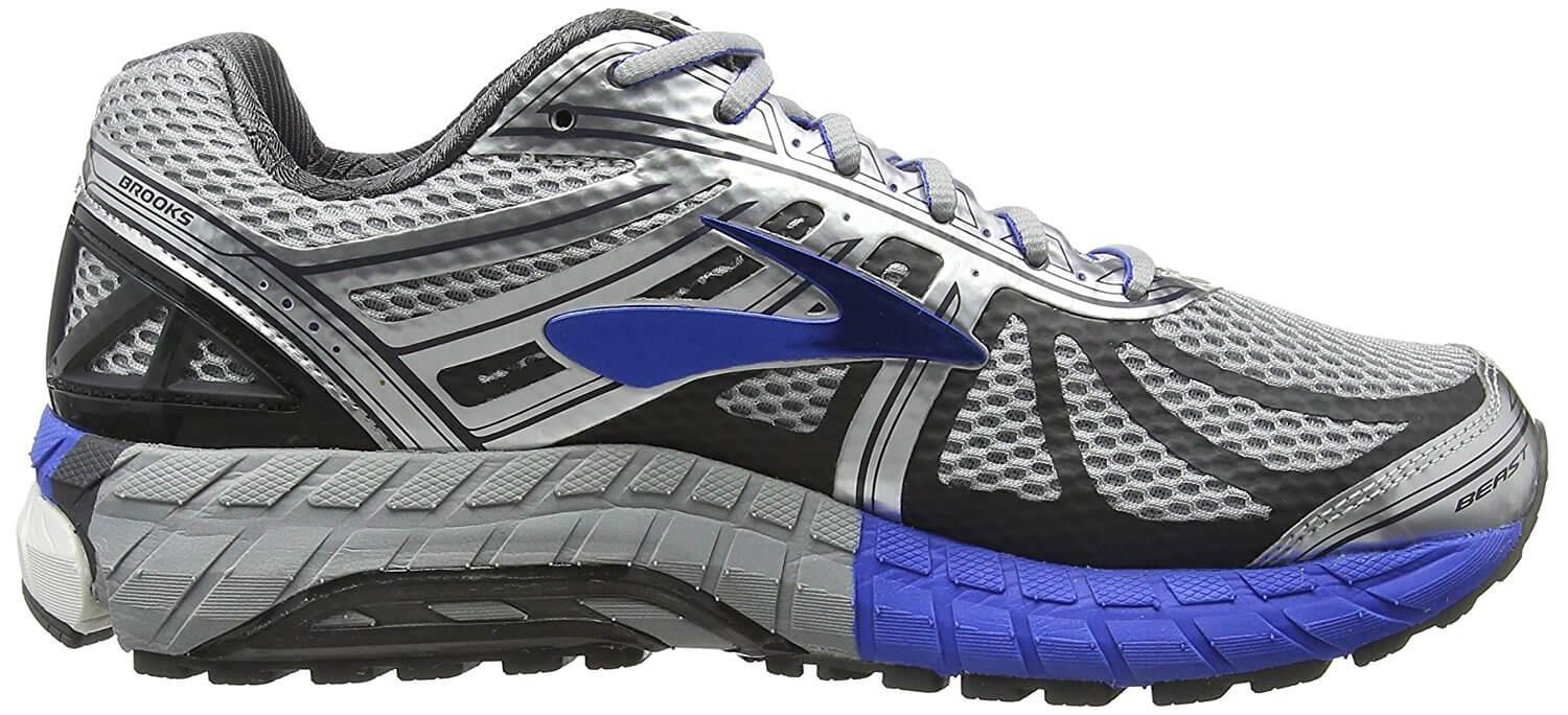 A side view of the Brooks Beast 16