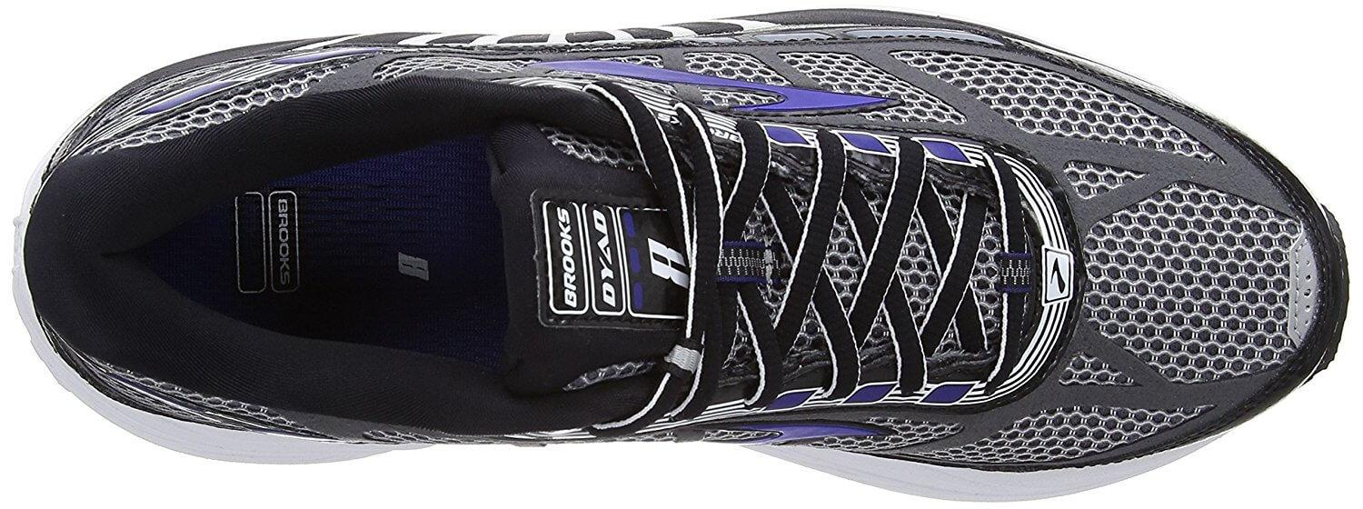 Top view of the Brooks Dyad 8