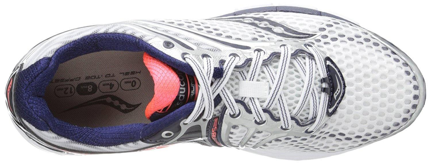 A top view of the Saucony Triumph 11