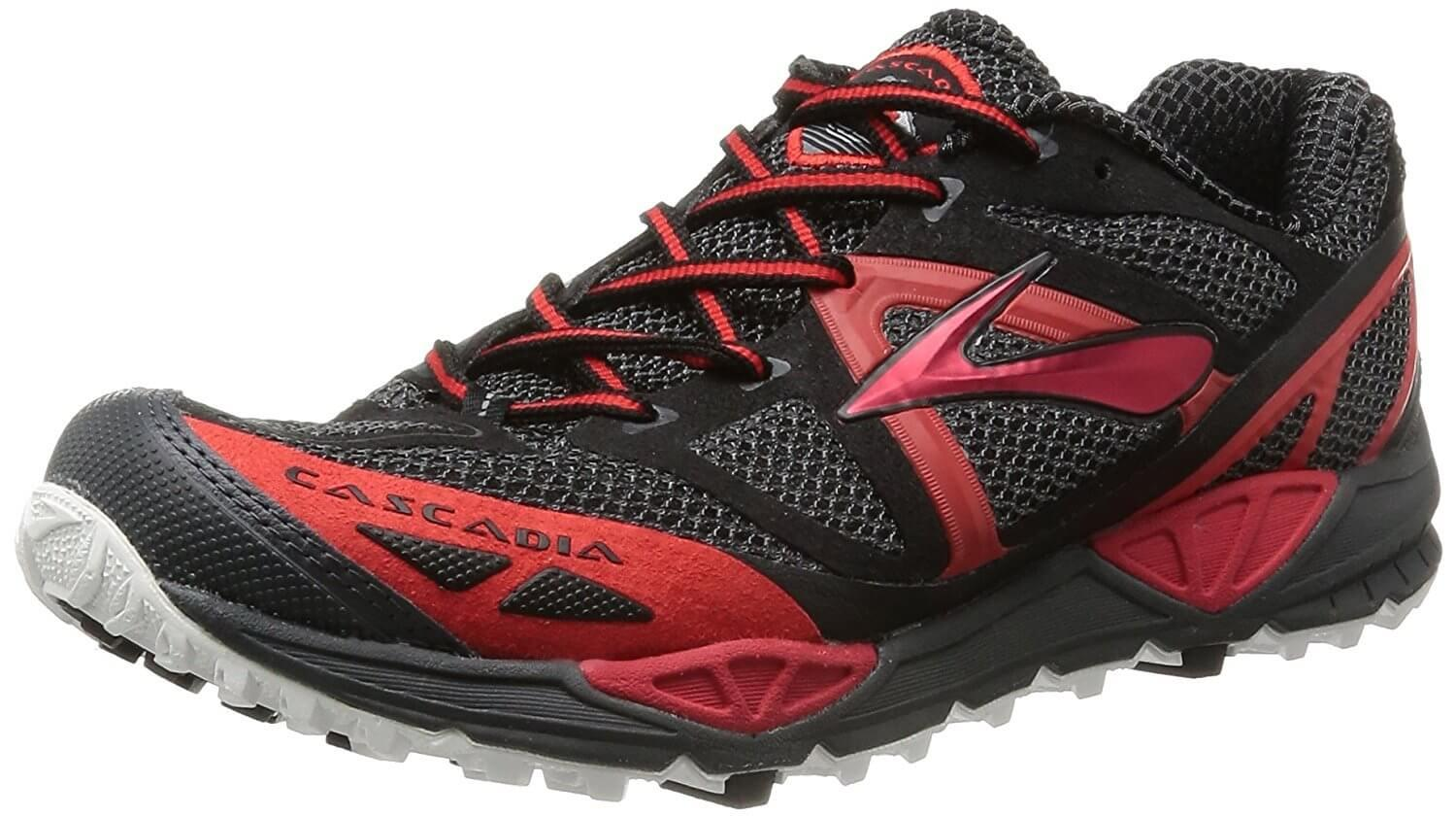 A three quarter perspective of the Brooks Cascadia 9 running shoes