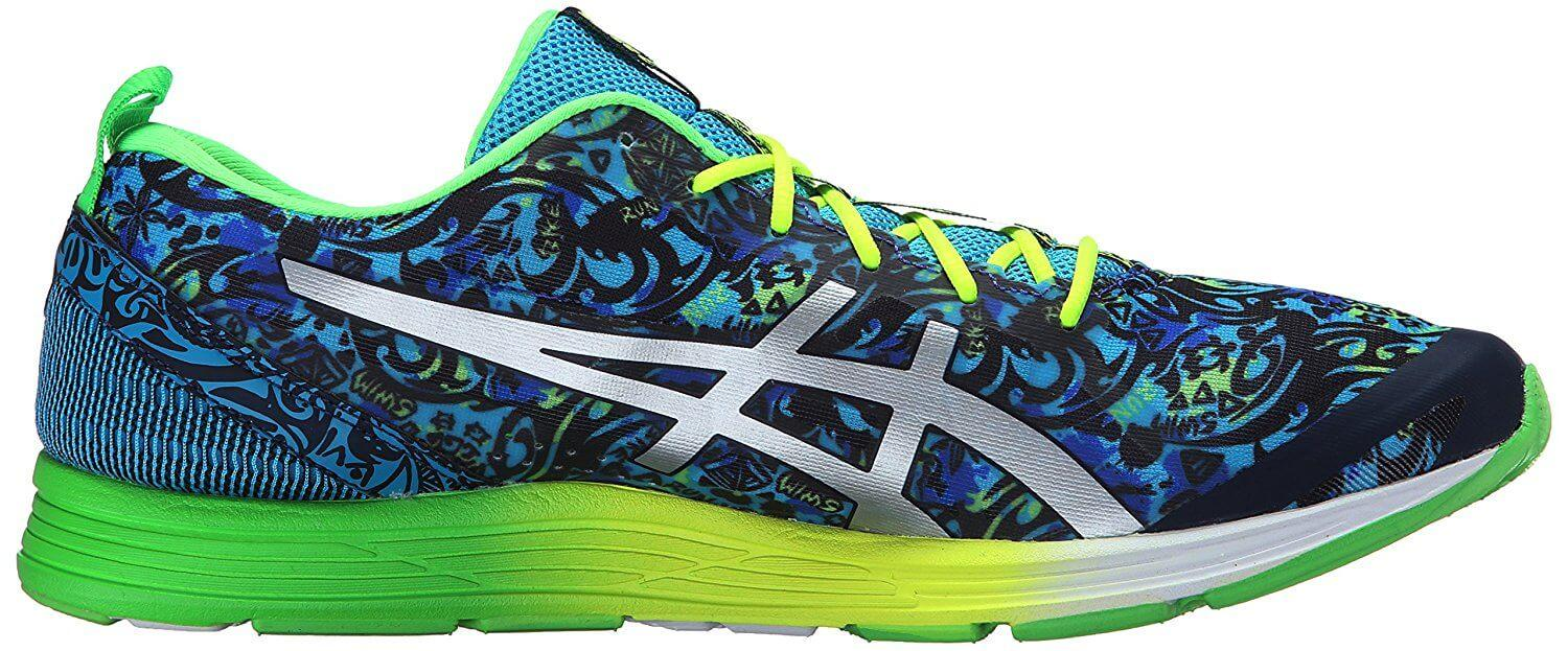 Side view of the Asics Gel Hyper Tri 2