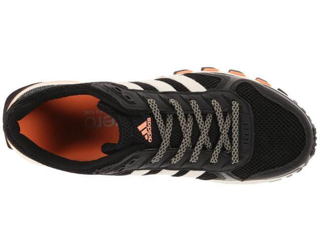 Adidas Adizero XT 5 secure lacing system and breathable mesh