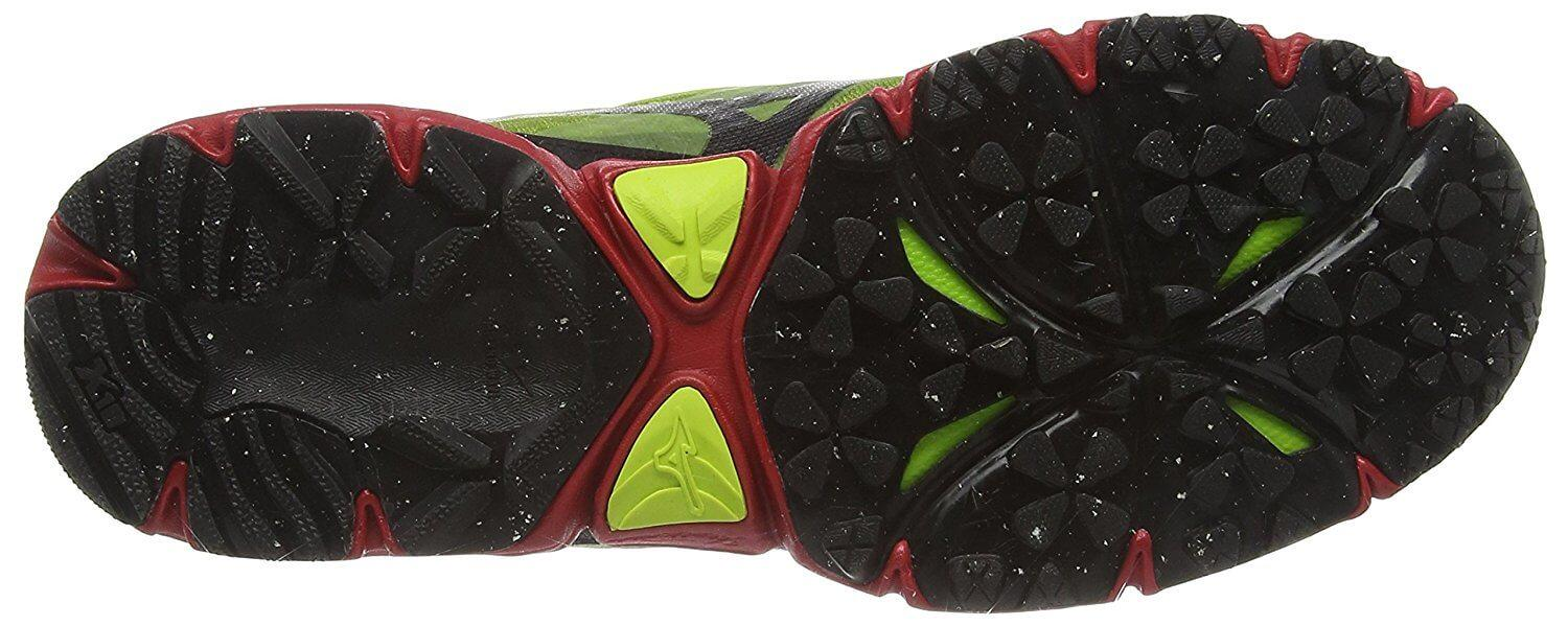 Incredible traction of the sole of the Mizuno Wave Mujin