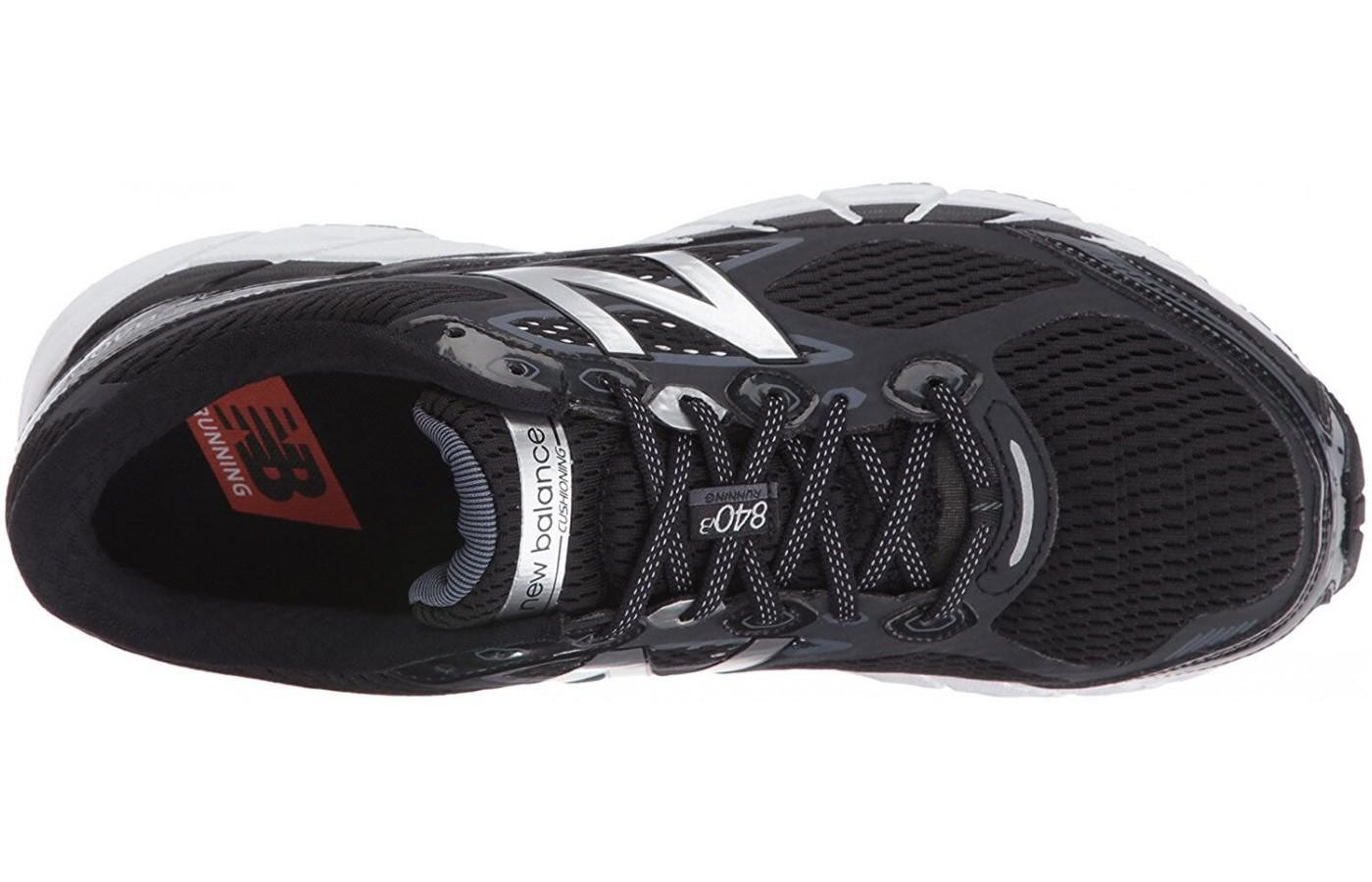 The upper mesh of the New Balance 840 v3 has better breathability than the previous version
