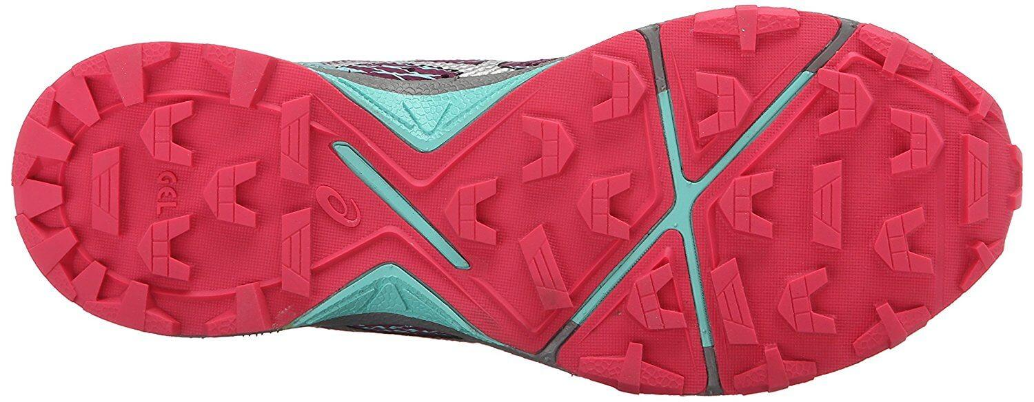 Durability and traction can be found in the outsole of the Asics Gel Fujilyte