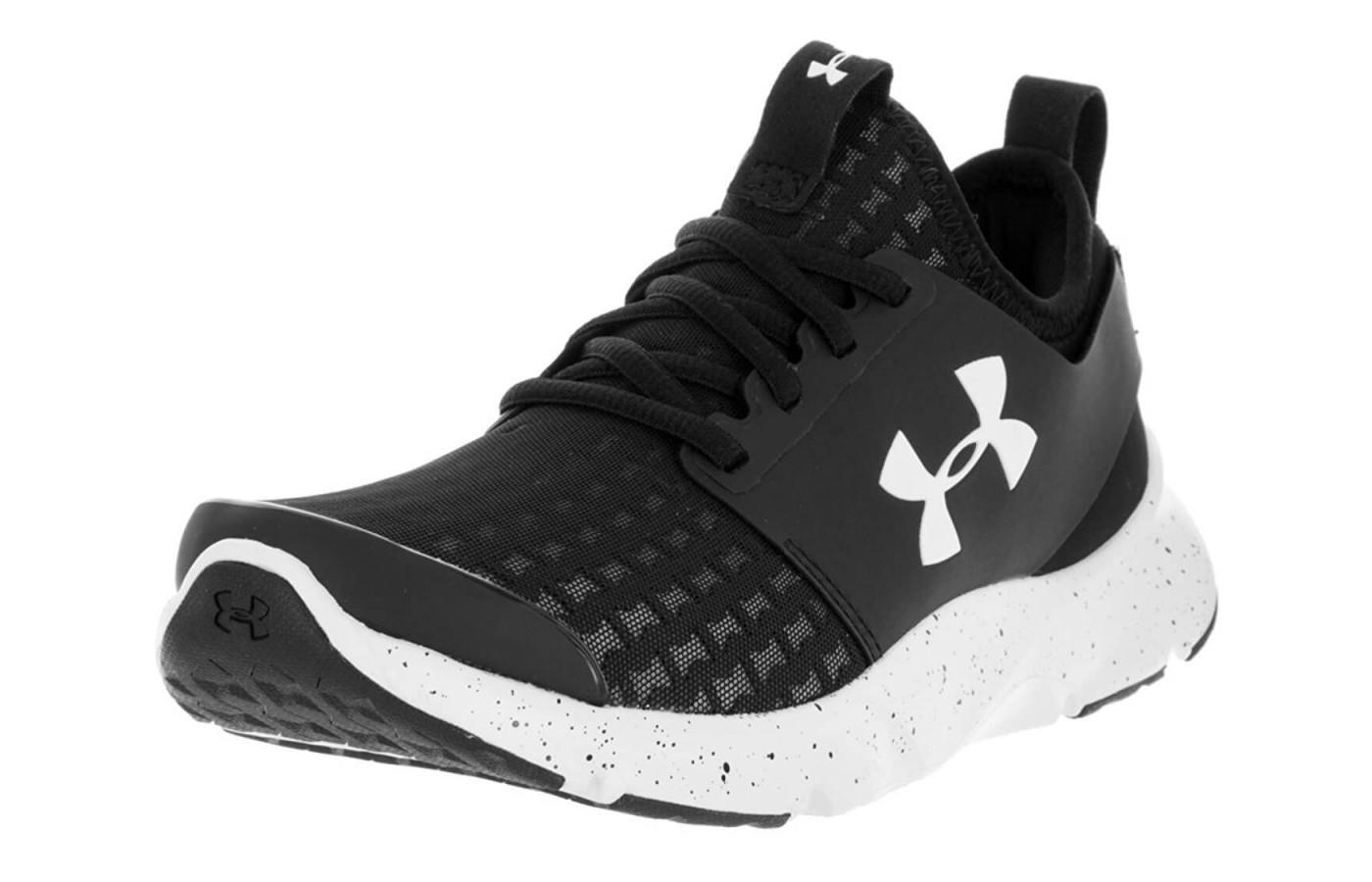 An in depth review of the light weight Under Armour Drift