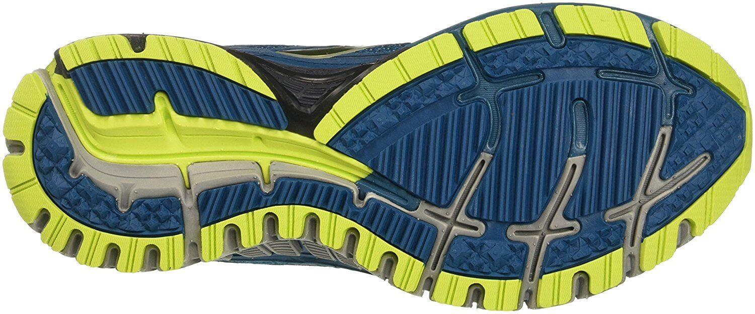 Brooks Adrenaline ASR 13 with traction enough for light trails
