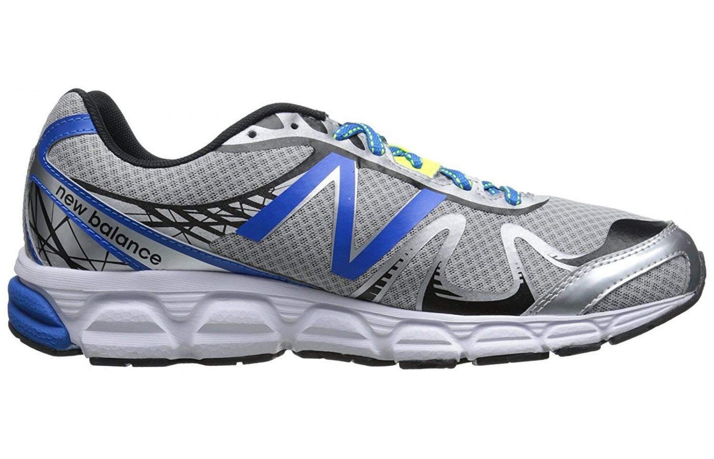 the New Balance 780 v5 provides neutral support for daily running