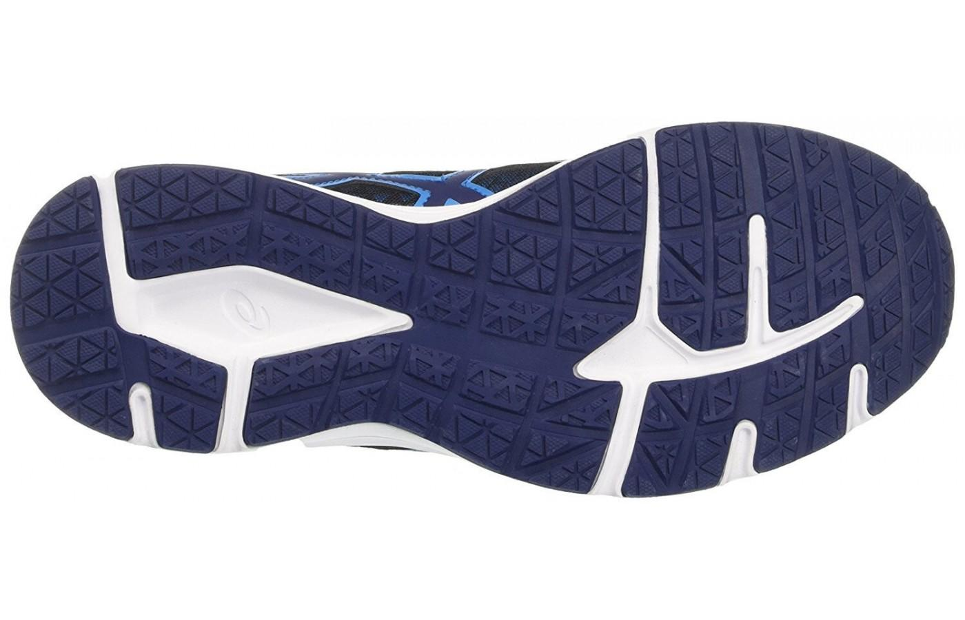 the outsole of the ASICCS Patriot 8 has good traction