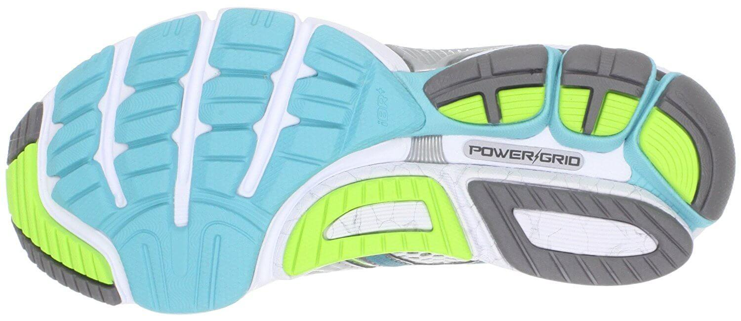 Saucony Hurricane 14  outsole provides good traction on pavement.
