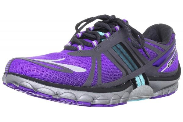 An in depth review of the Brooks PureCadence 2