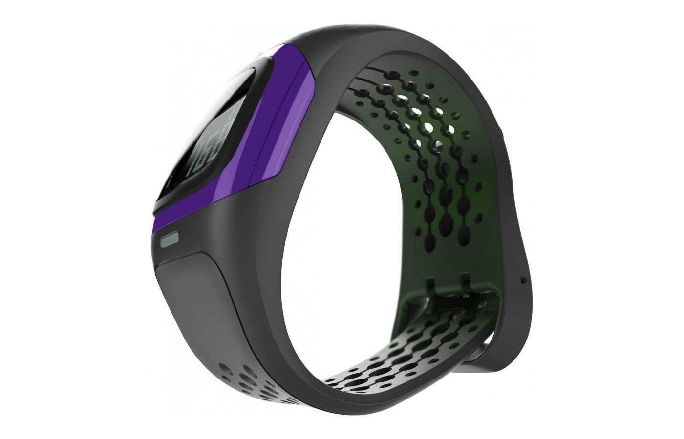 Mio Alpha monitors heart rate without an uncomfortable chest strap