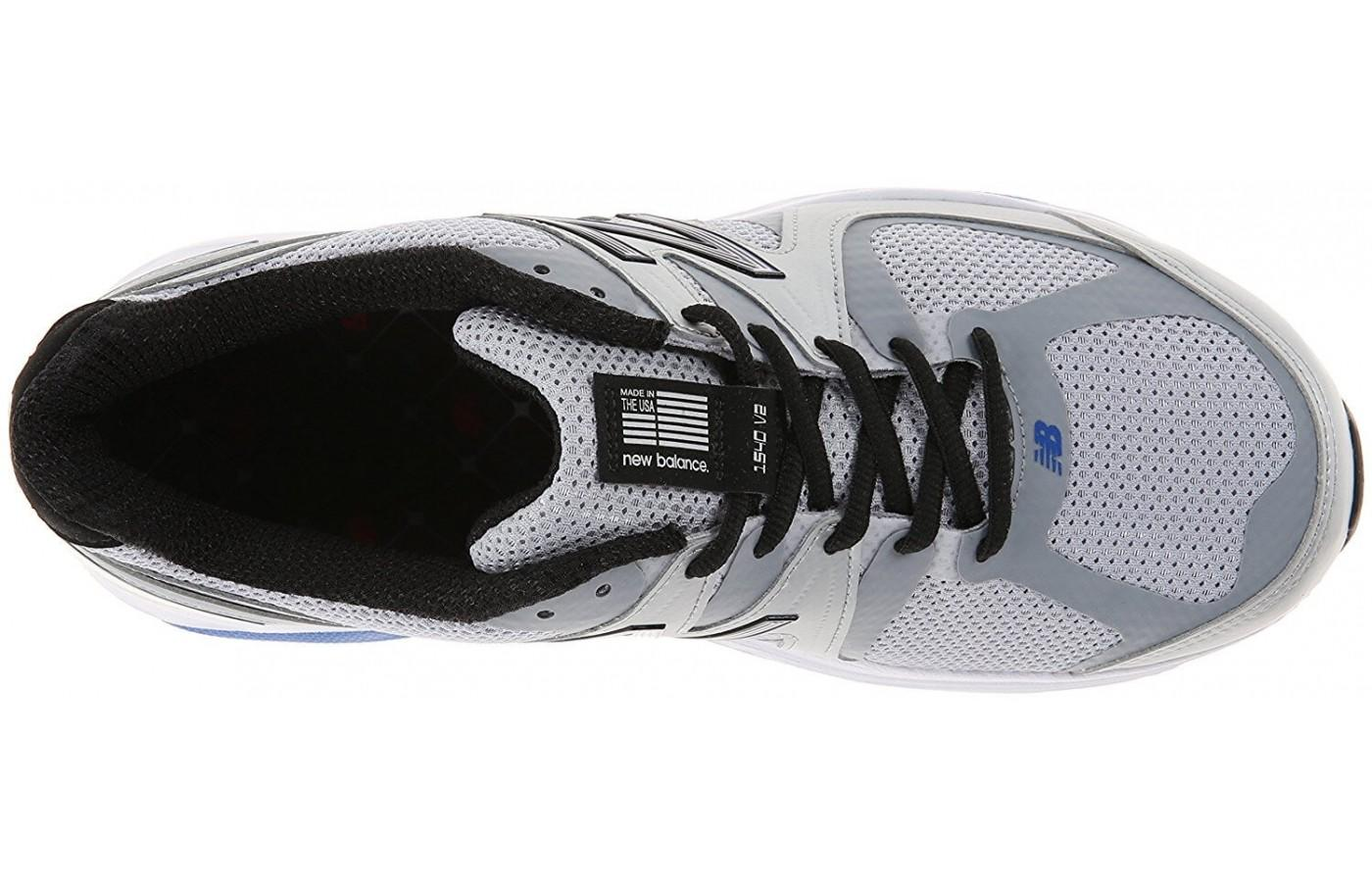 the New Balance 1540 v2's upper provides breathability and support