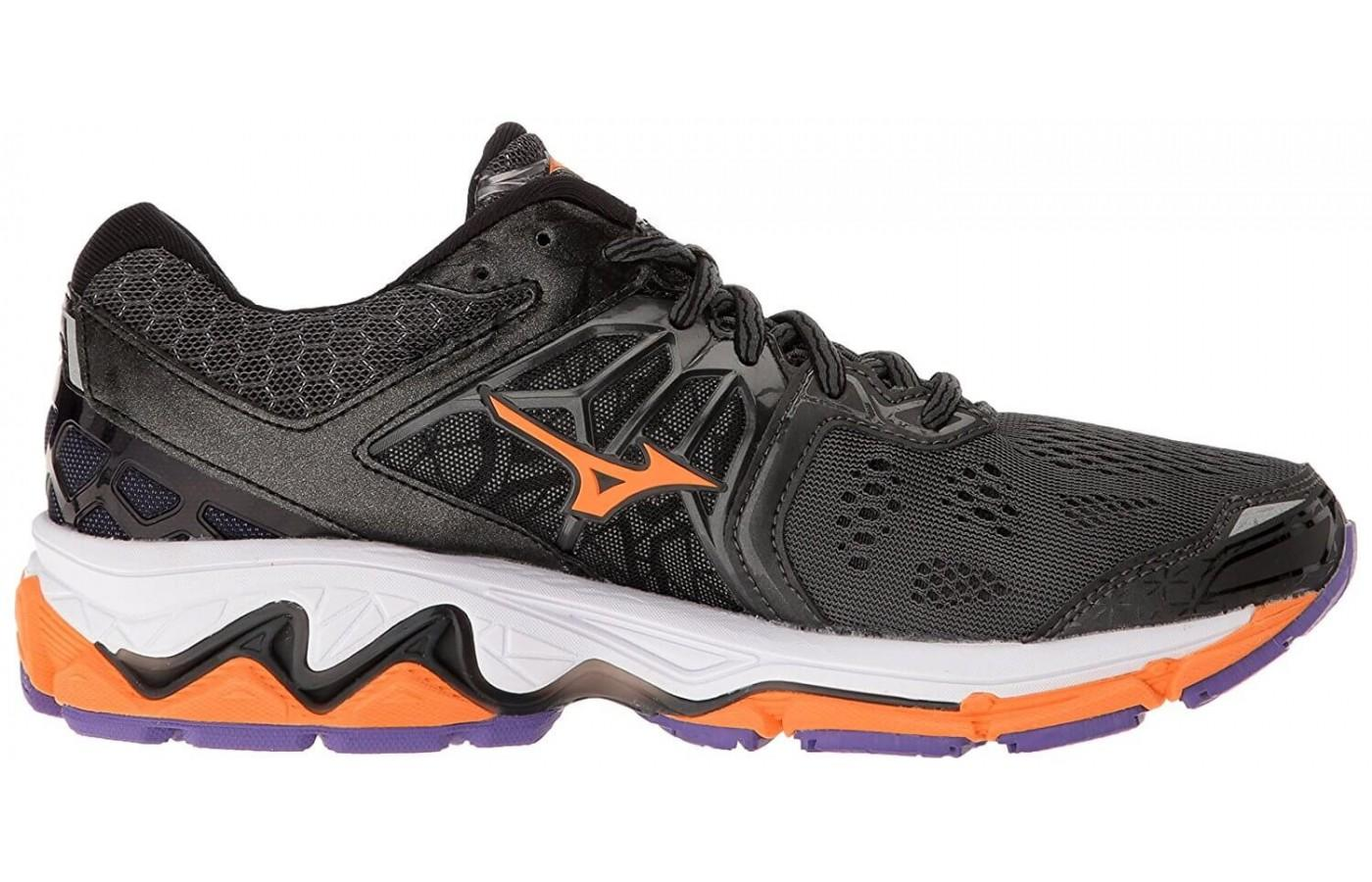 The Mizuno Wave Horizon has a Redesigned Stability Wave for better cushioning and responsiveness