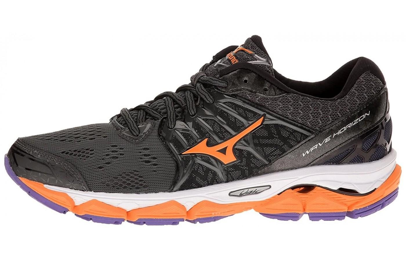 The Mizuno Wave Horizon features an Articulated U4icX heel wedge for cushioning and shock absorption