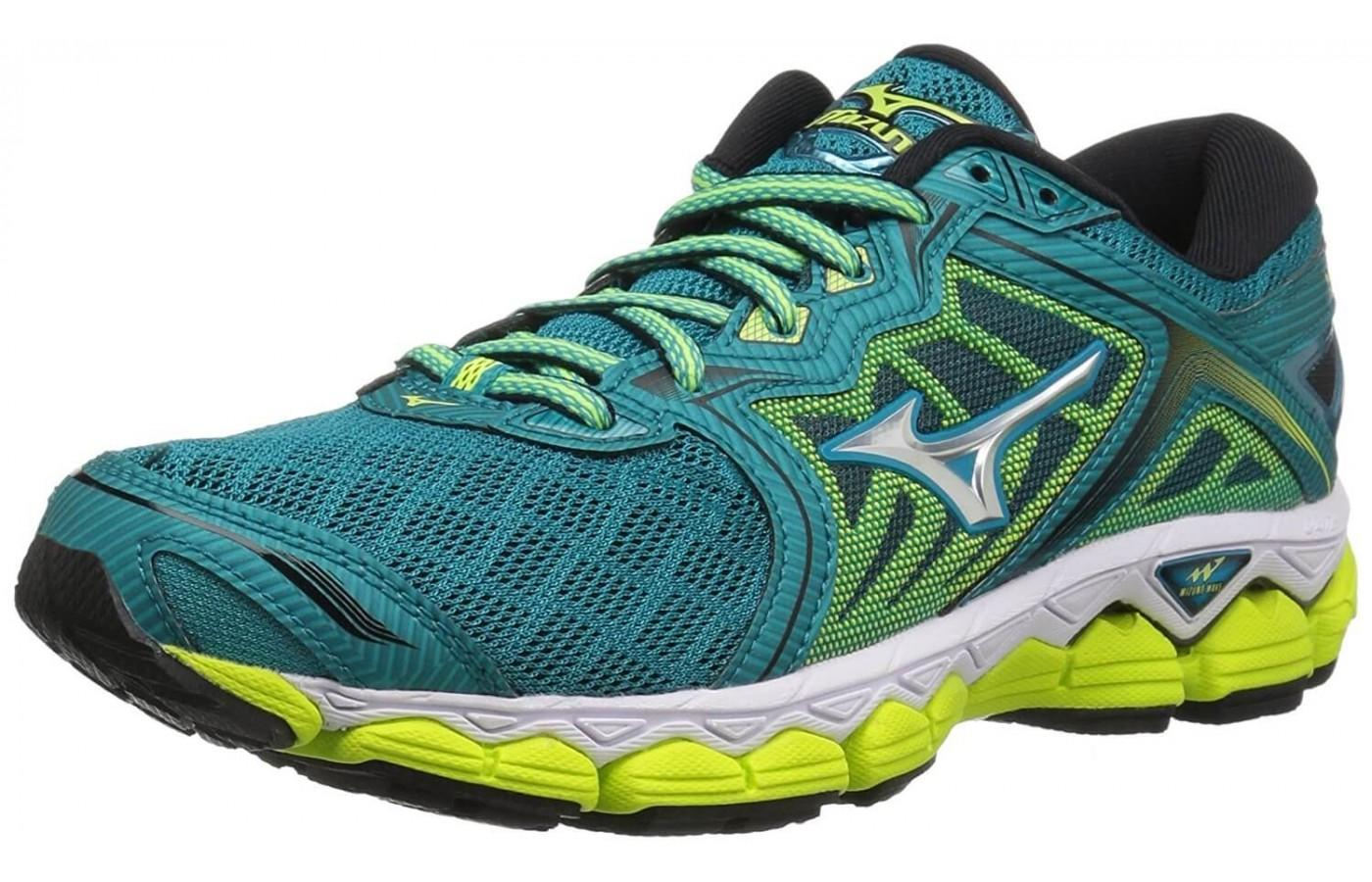 Mizuno Wave Sky Side Angle