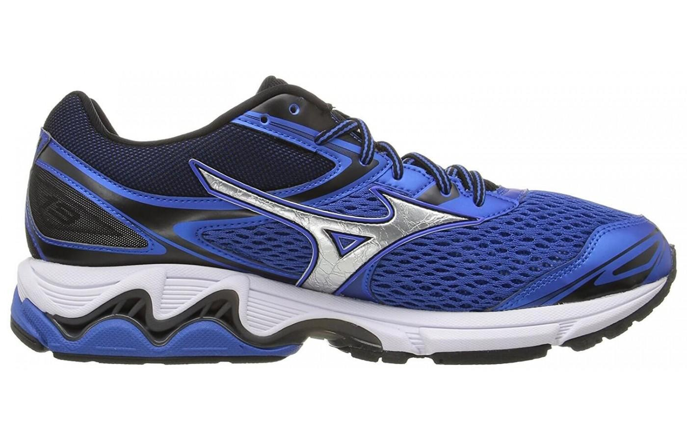 Mizuno Wave Inspire 13 has a midsole wave plate to provide stability