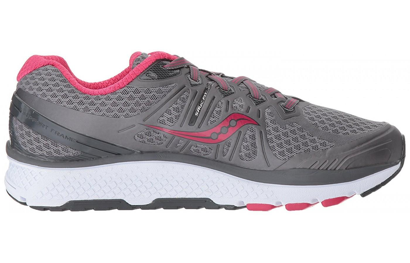 The Saucony Echelon 6 has SAUC_FIT for support around the midfoot