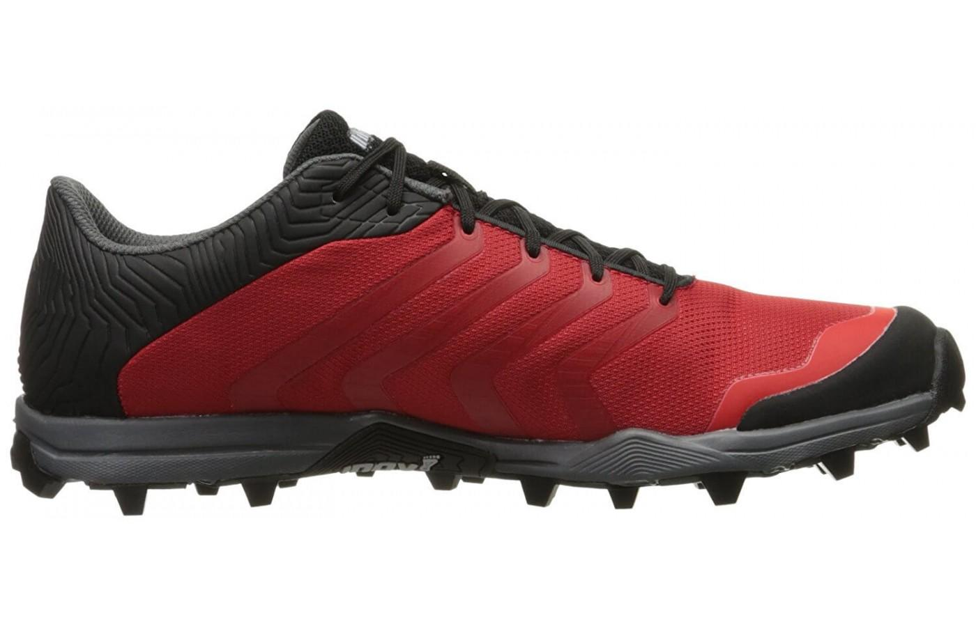 The breathable mesh with water repellent coating help keep the foot cool and dry