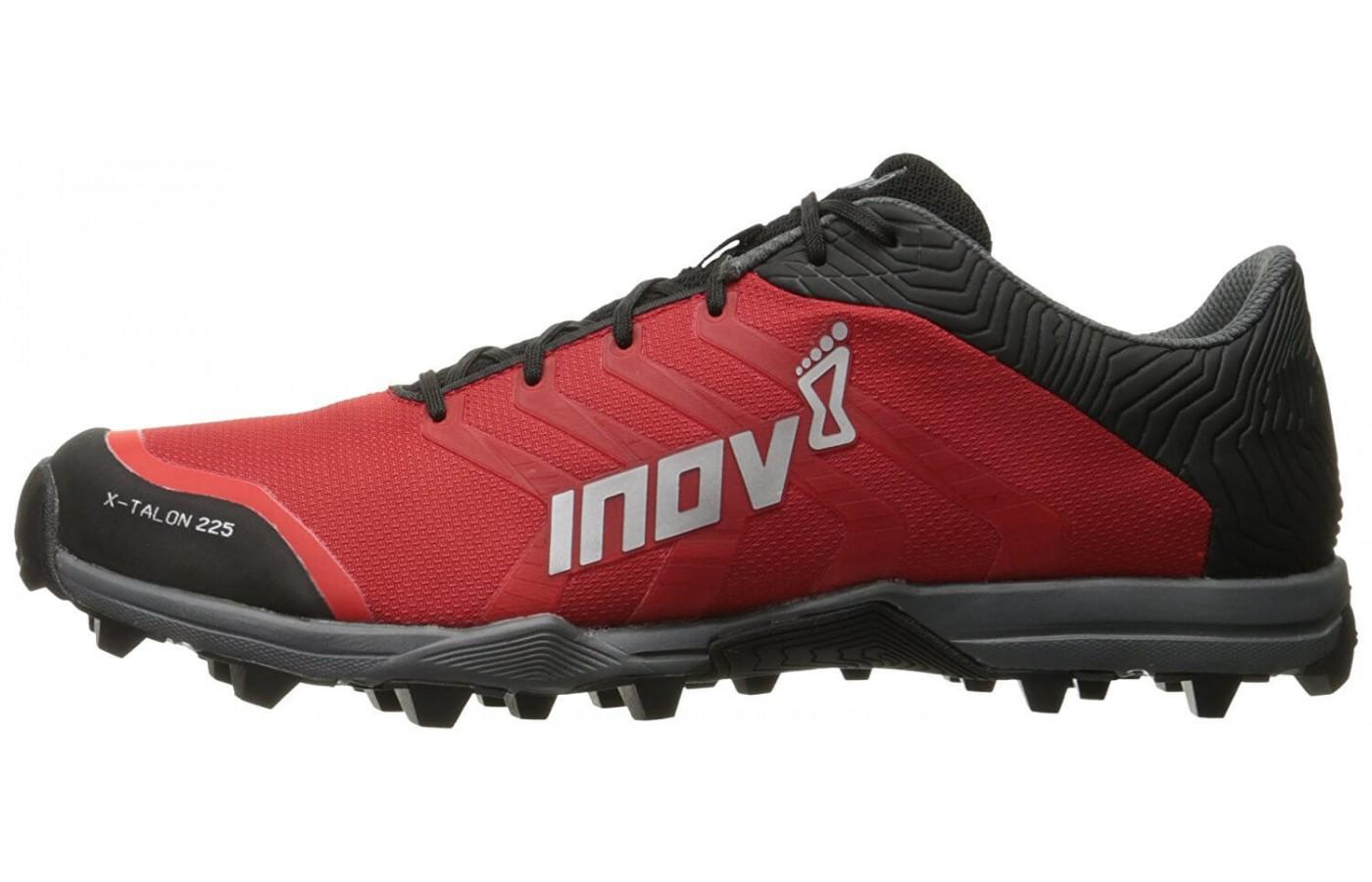 The Inov-8 X-Talon 225's 8mm lugs provide exceptional traction