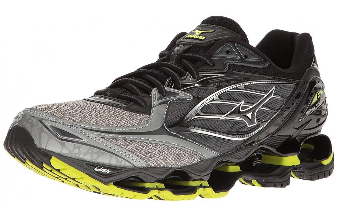 Runners love the unique style and design of the Mizuno Wave Prophecy 6 Nova