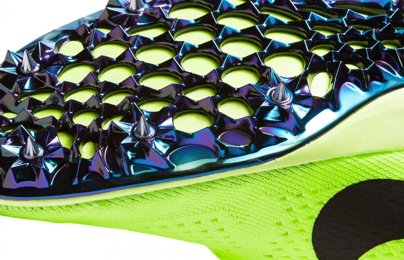 Nike Zoom Victory Elite 2 features a 3/4-inch spike plate