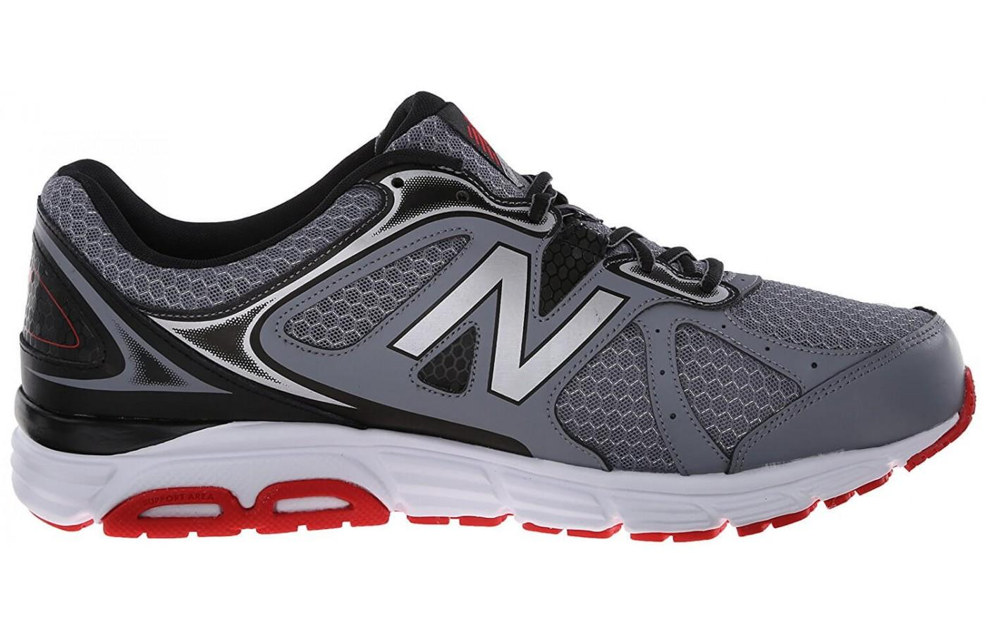 A good perspective of the outer side of the New Balance 560V6.