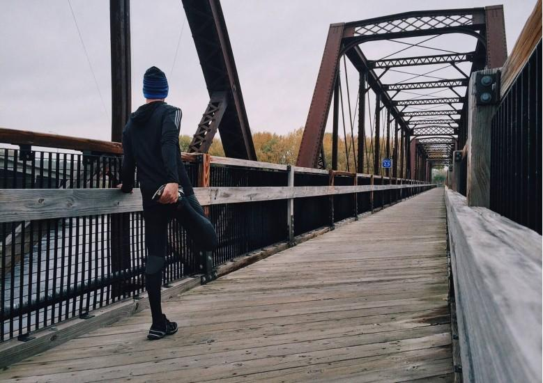 Tips on dressing for fall weather