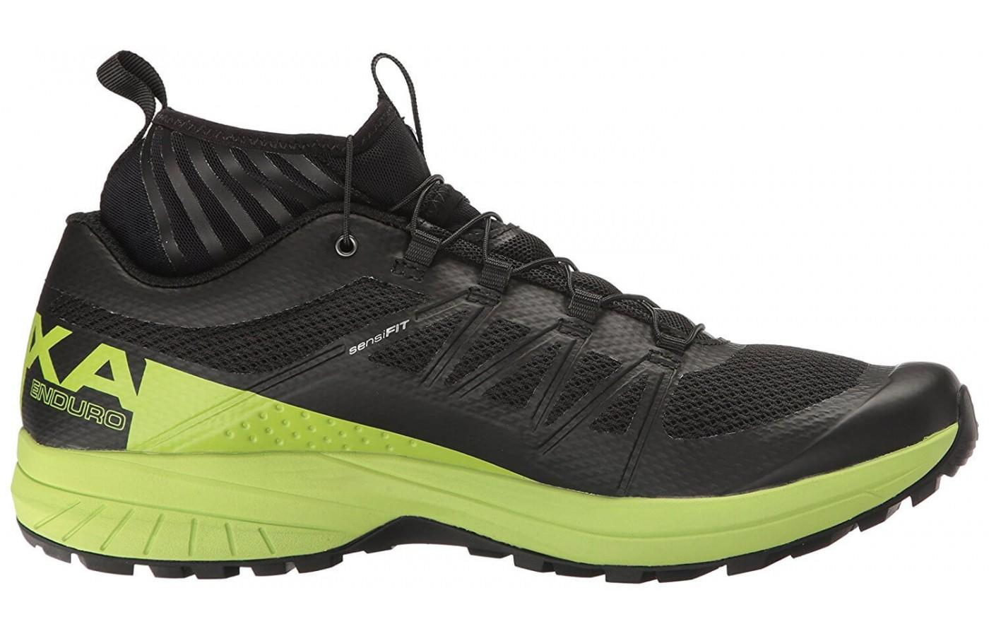 This shoe comes with a built in gaiter.
